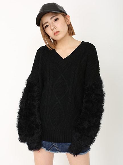Two pattern volume knit