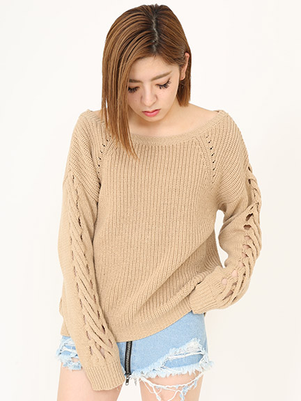 SLEEVE CROSS KNIT